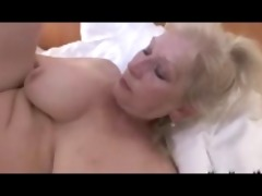 golden-haired granny with a great titts r30