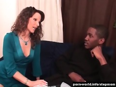 sexy mommy syren de mer seduces her well hung