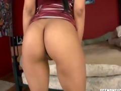 sexy dark brown d like to fuck sucks a prick