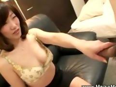 older japanese maiko seduces dude
