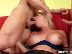 d like to fuck golden-haired hooker copulates two