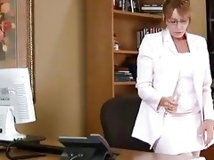 older housewife kitchen office solo