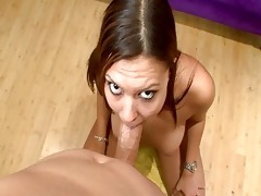 foxy blond d like to fuck swallows massive pounder