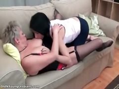 very cute brunette hair lesbo chick part1