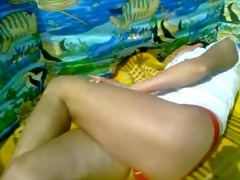 masturbation leg to leg crossed legs