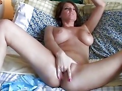 large mambos d like to fuck has a juicy pussy