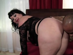 giant chick alexis couture pleases this guy\s cock