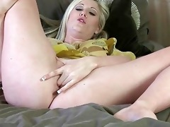 lusty golden-haired aged lady pokes her hungry