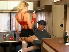 cheap french hooker fucked & sprayed by an