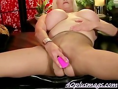 knob hungry mature mother i