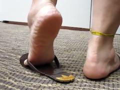 older feet in flip flops