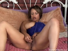 marvelous dark d like to fuck has a chubby wet