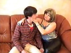 angelas hunt aged russian mommy and juvenile guy
