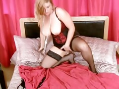 bigtit mother i toys hairy pussy