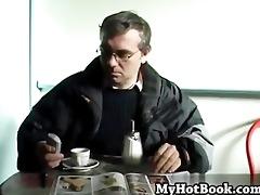 having hardcore sex with big beautiful woman