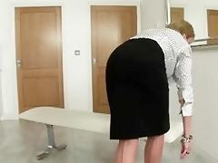 nylons with lady sonia receives her fetish going