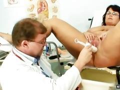 lewd doctor copulates a big beautiful woman mamma