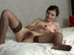 hirsute mommy love tunnel cums on a sex toy