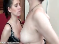 hot brunette hair lesbian receives her slit