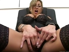 nasty milf in dark nylons
