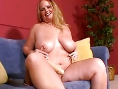 large breasted blond mother i masturbates on the