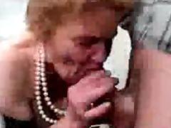 14 jahre alte oma wird gefickt