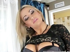 hawt d like to fuck claudia valentine giving