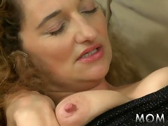 mommy slutty housewife is in the mood for fucking