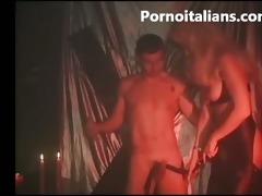 bionda tettona italiana fa pompini fetish cera