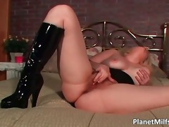 blond mother i with large meatballs fucked hard