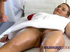 massage rooms older lesbo has a indecent meeting
