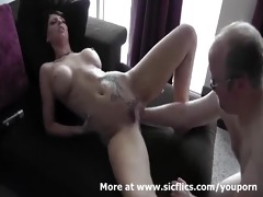 sexy dark brown fist screwed in her loose fur pie