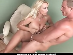 lascivious milf receives bawdy cleft stretched by