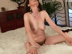 hot wife balllicking