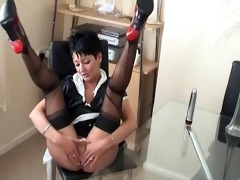 maid becky in black ff nylons