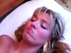 jizz pie momma plays obscene