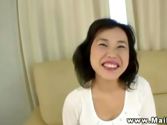 asian d like to fuck is playing with fake penis