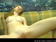 hot web camera beauty masturbating with her bigg