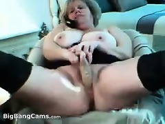 obese older bitch squirting