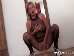 aged whore in hose riding marital-device