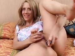 hot d like to fuck bonks her juicy fur pie for