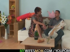 he is acquires tempted by his gfs old mom