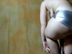jiggly a-hole strip sarah bb