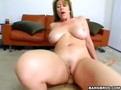 blond d like to fuck in pov