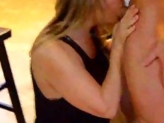 amateur cougar engulfing and fucking