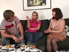 her old mamma sucks and rides his cock