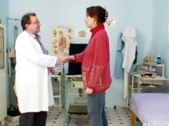mature dilettante wife at pervy gyno doctor