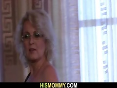 lustful lesbo mama wishes to eat her snatch