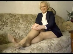 hawt granny widening