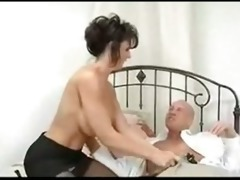 deauxma pays her accountant with her asshole!